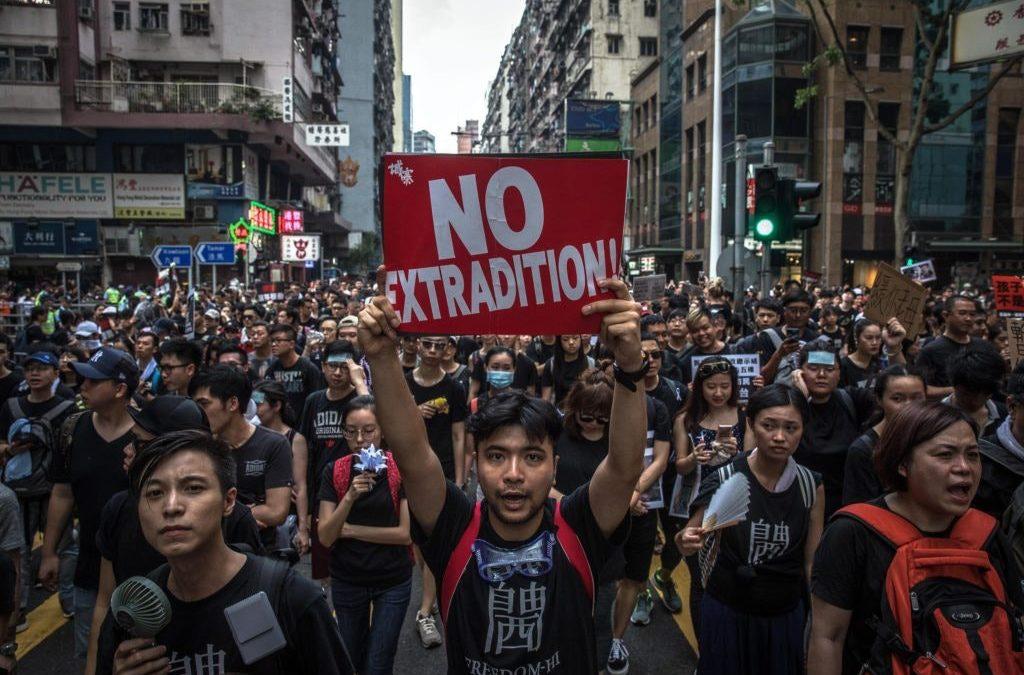 La lotta dei cittadini di Hong Kong per la libertà e per lo Stato di diritto