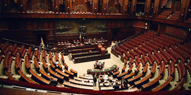 Aprire il Parlamento come una scatoletta di tonno?  Tra poco potrebbe essere realtà