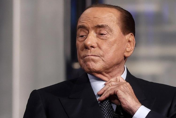 Il caso Berlusconi, oltre Berlusconi