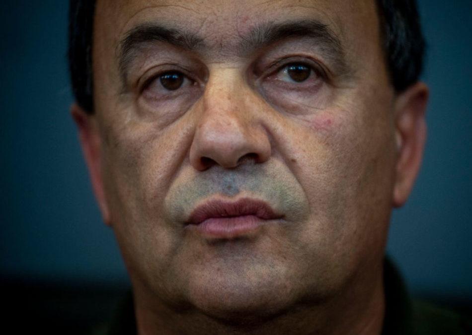 La vicenda giudiziaria di Mimmo Lucano, tra l'asprezza della pena e le reazioni scomposte della politica